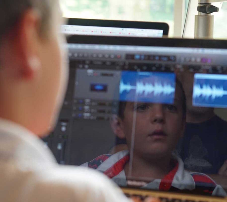 It teaches kids how to collaboratively produce their own music